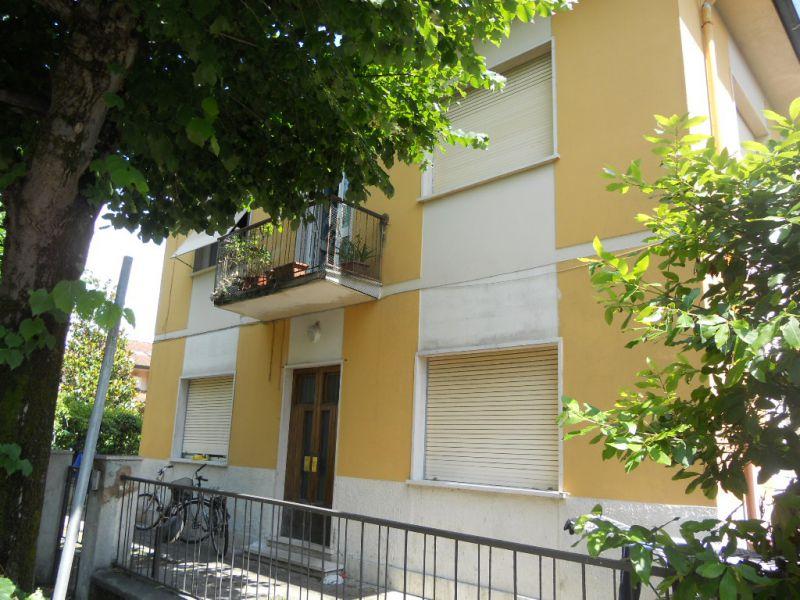APPARTAMENTO INDIPENDENTE in VACANZE a Camaiore, Lucca Rif.10818396