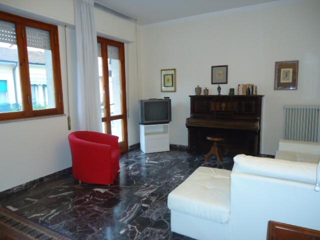 APPARTAMENTO in VACANZE a Viareggio, Lucca Rif.10529835