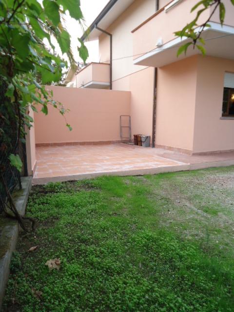 CASA SEMI INDIPENDENTE in AFFITTO a Viareggio, Lucca Rif.8150449