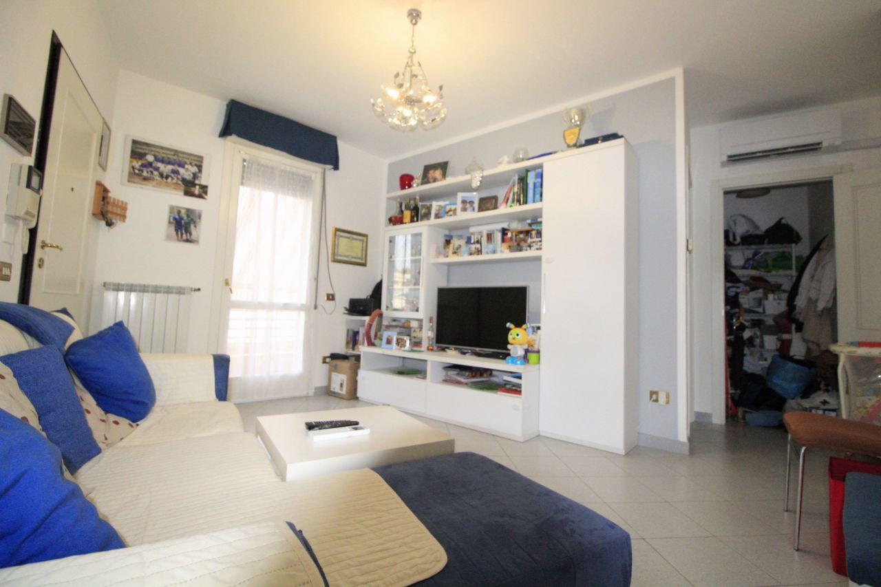 Appartamento in buone condizioni arredato in vendita Rif. 10402662