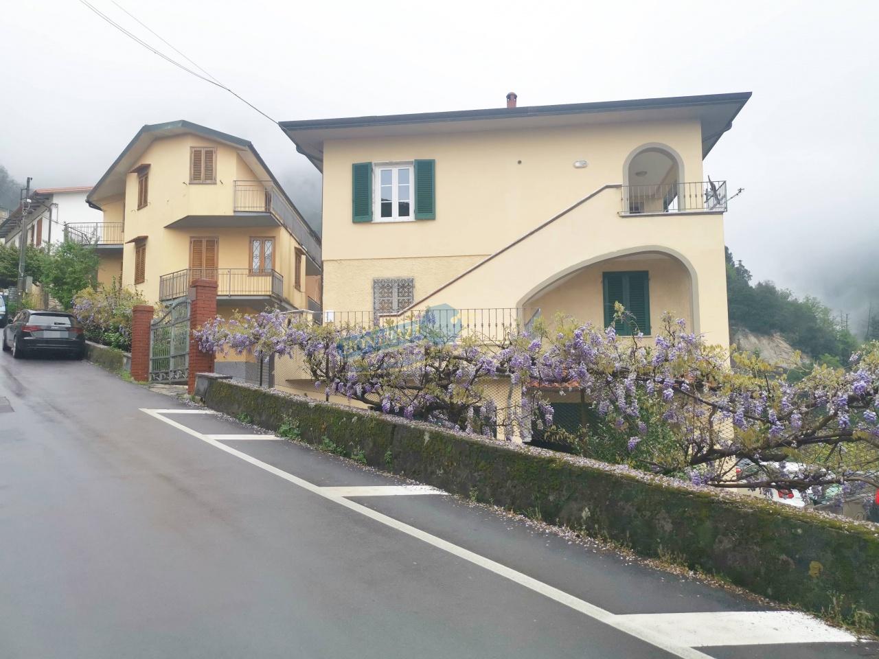 Soluzione Indipendente in vendita a Stazzema, 4 locali, prezzo € 90.000   CambioCasa.it