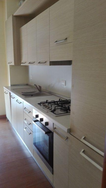 Appartamento in affitto a Alzano Lombardo, 3 locali, prezzo € 350 | Cambio Casa.it