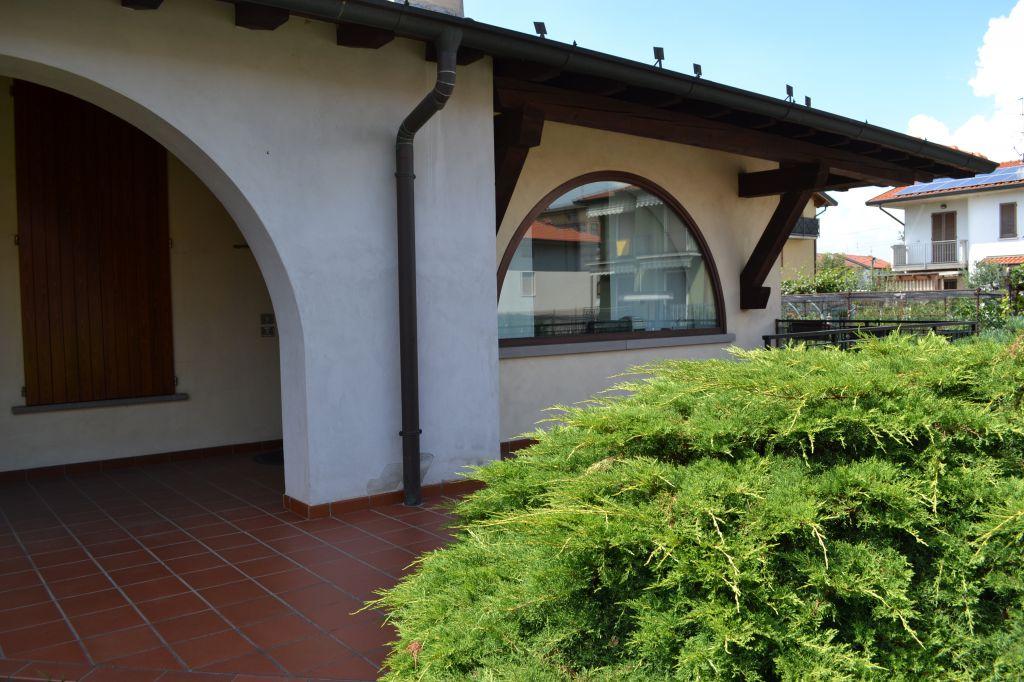 Villa in vendita a Comun Nuovo, 5 locali, prezzo € 400.000 | Cambio Casa.it
