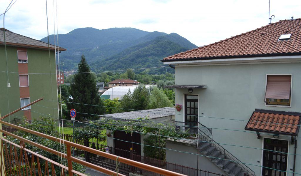 Appartamento in vendita a Nembro, 4 locali, Trattative riservate | Cambio Casa.it