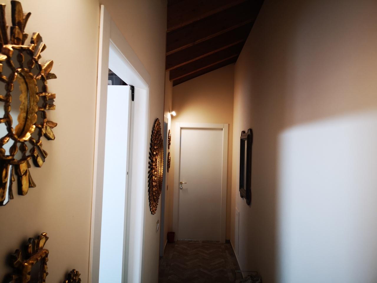 Appartamento in vendita a Comun Nuovo, 5 locali, prezzo € 159.000   CambioCasa.it