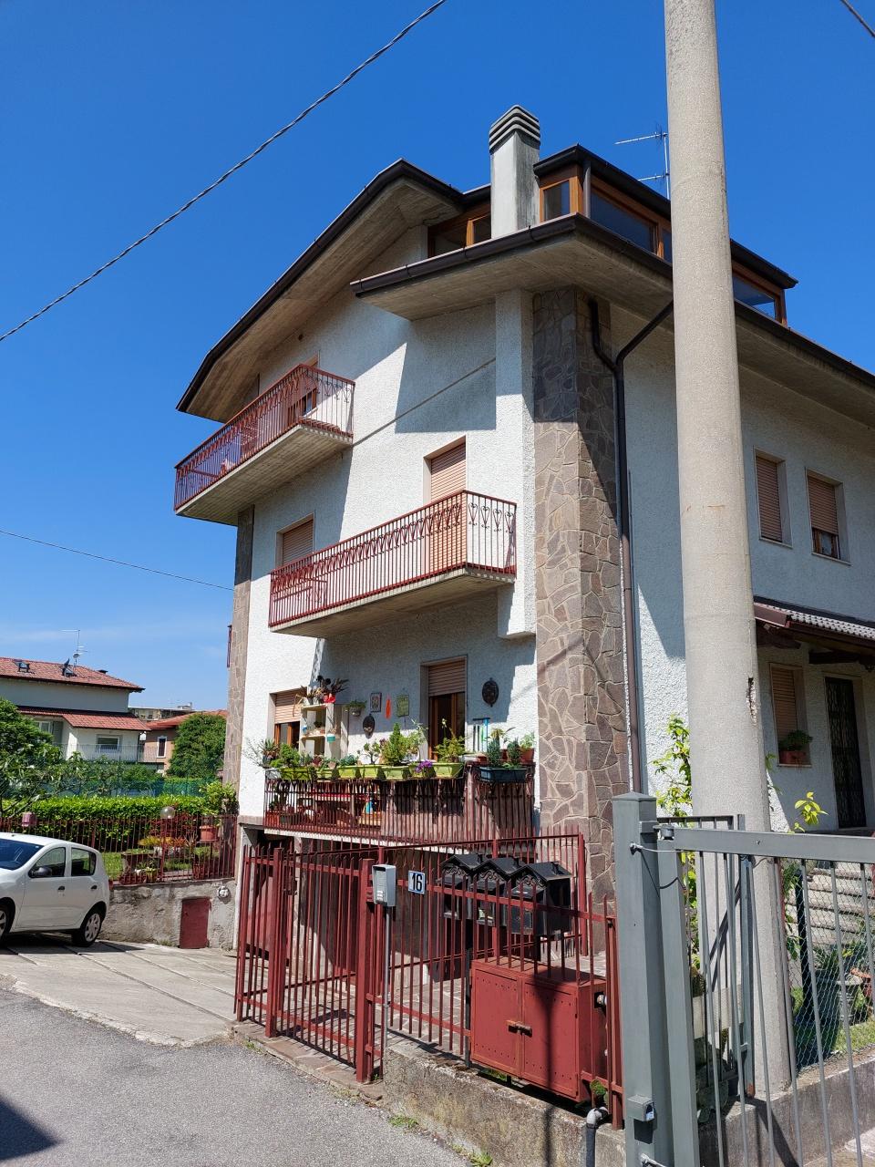 Appartamento in affitto a Torre Boldone, 3 locali, prezzo € 690   CambioCasa.it