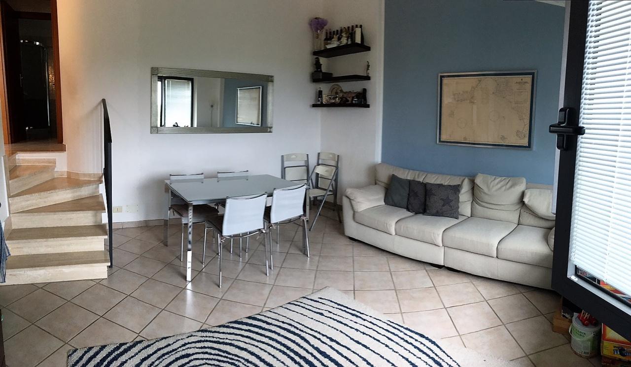 affitto appartamento piombino riotorto  450 euro  4 locali  70 mq