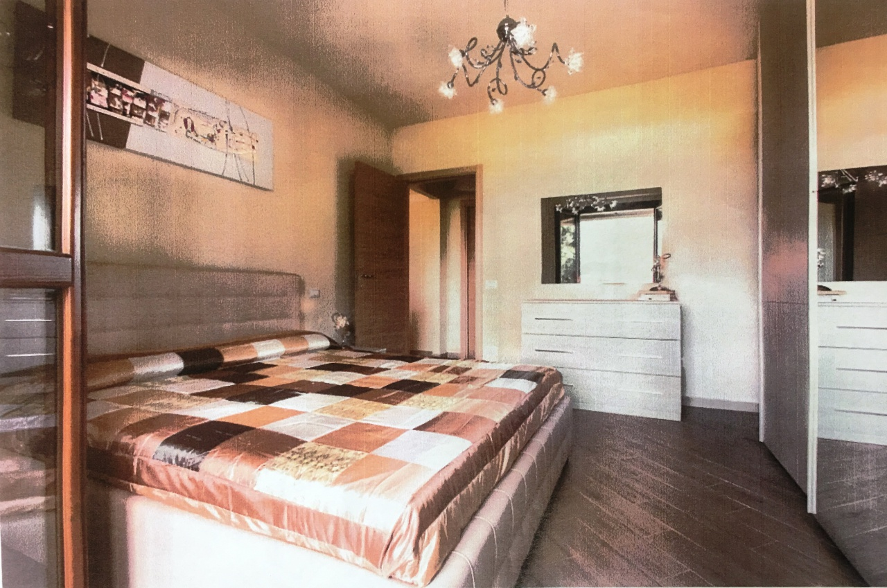 Appartamento in ottime condizioni arredato in vendita Rif. 8014493