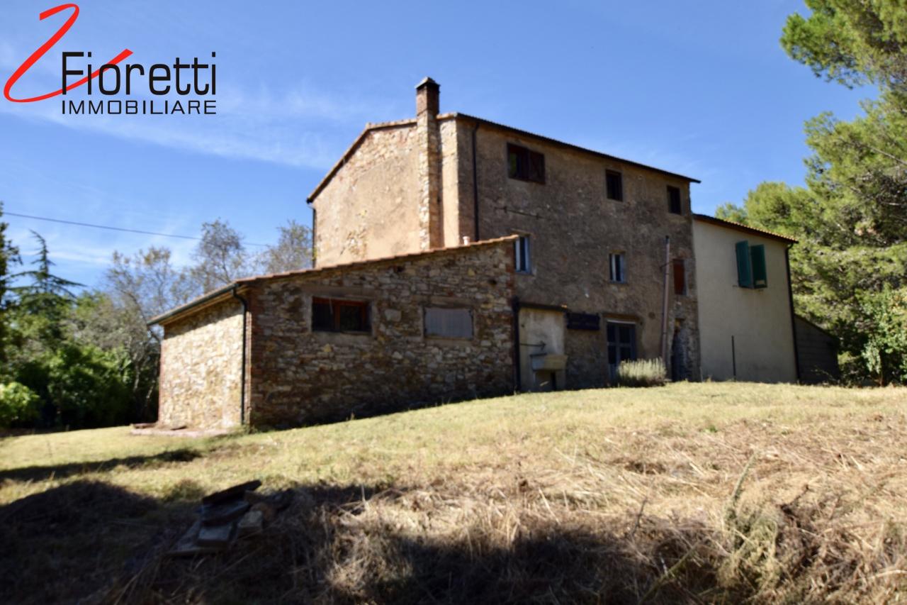 Rustico / Casale in discrete condizioni in vendita Rif. 11155101