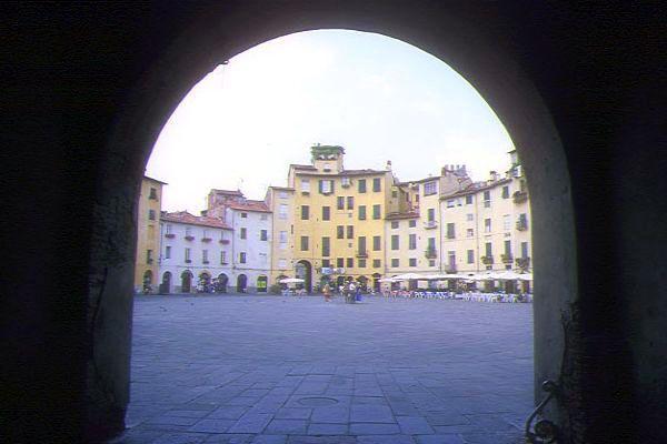 Bilocale Viareggio  7