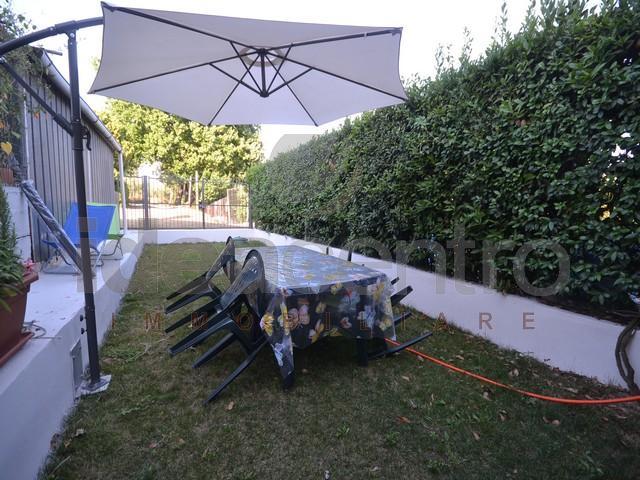 Palazzina vendita MONTECARLO (LU) - 4 LOCALI - 150 MQ