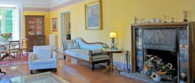 Villa in vendita a Lucca, 15 locali, Trattative riservate | CambioCasa.it