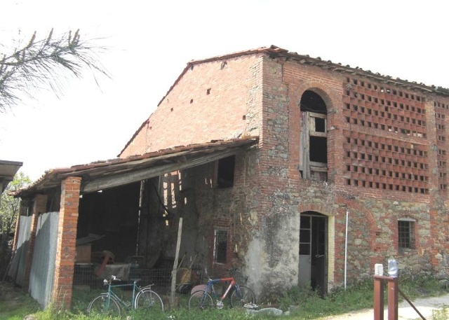 Rustico / Casale in discrete condizioni in vendita Rif. 4762469