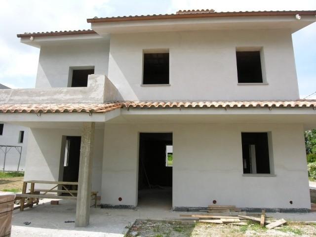 Villa in vendita a Capannori, 5 locali, prezzo € 360.000 | CambioCasa.it