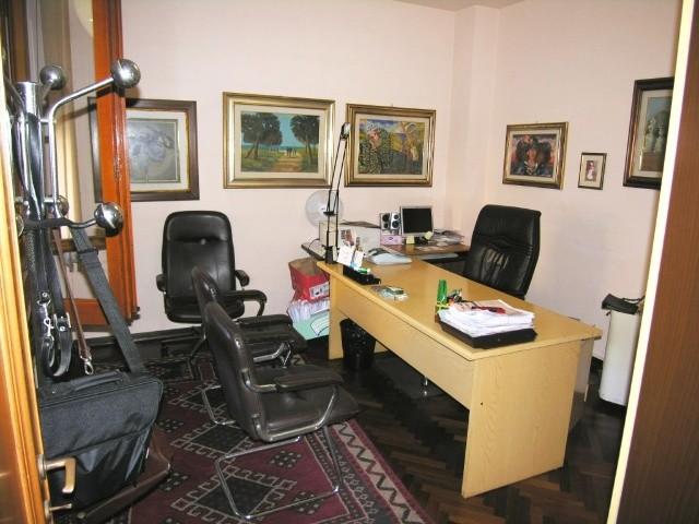 Appartamento in vendita a Lucca, 5 locali, zona Località: S. CONCORDIO CONTRADA, prezzo € 290.000 | Cambio Casa.it