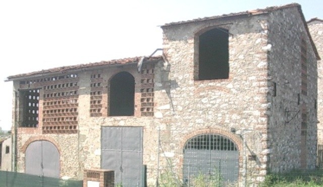 Rustico / Casale in vendita a Capannori, 10 locali, zona Località: MARLIA , prezzo € 150.000 | Cambio Casa.it
