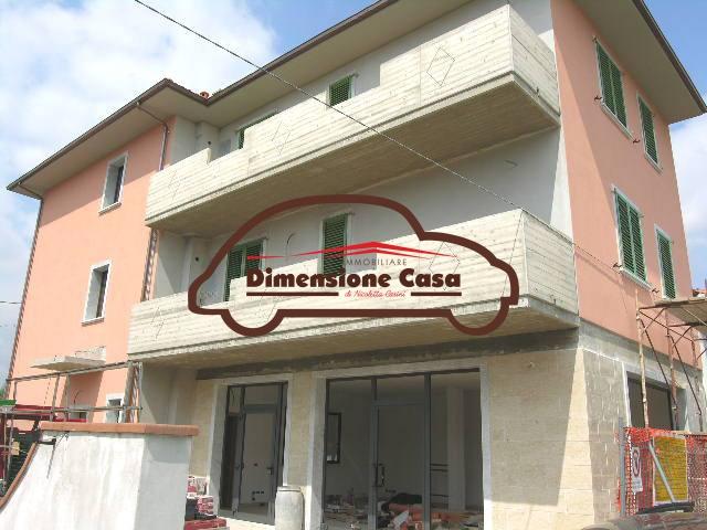 Locale Commerciale ALTOPASCIO 008-FC