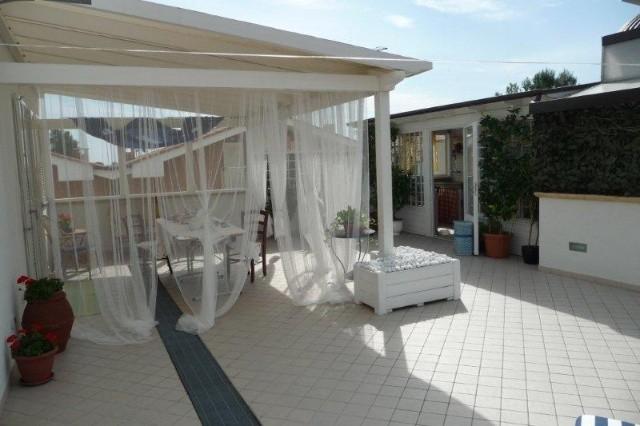 Attico / Mansarda in vendita a Lucca, 5 locali, zona Località: SAN DONATO, prezzo € 255.000 | Cambio Casa.it