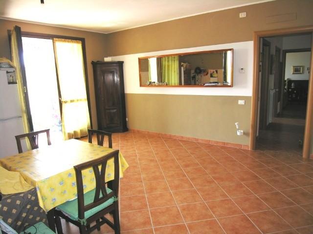 Appartamento in vendita a Lucca, 3 locali, zona Località: TEMPAGNANO DI LUNATA, prezzo € 180.000 | Cambio Casa.it