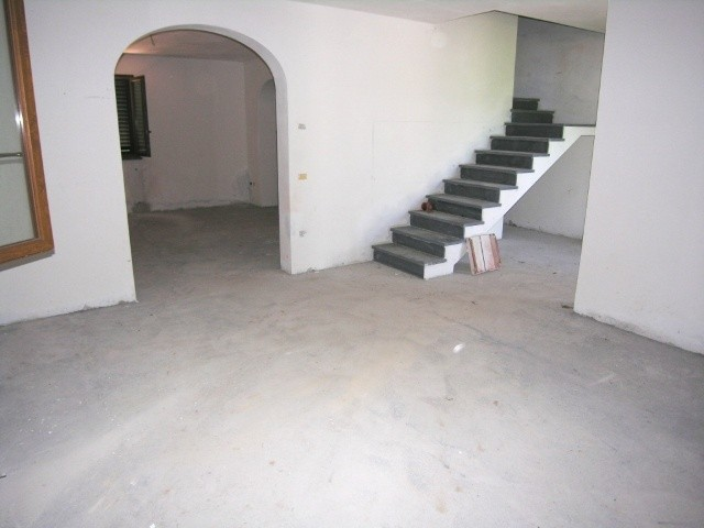 Villa in vendita a Capannori, 5 locali, Trattative riservate   CambioCasa.it