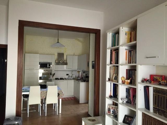 Appartamento in vendita a Lucca, 5 locali, zona Località: S. MARCO, prezzo € 195.000   Cambio Casa.it