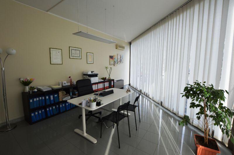 Attività / Licenza in affitto a Capannori, 9999 locali, zona Località: LUNATA, prezzo € 550 | Cambio Casa.it