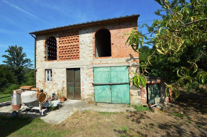 Rustico / Casale in vendita a Capannori, 5 locali, zona Località: MARLIA , prezzo € 170.000 | Cambio Casa.it