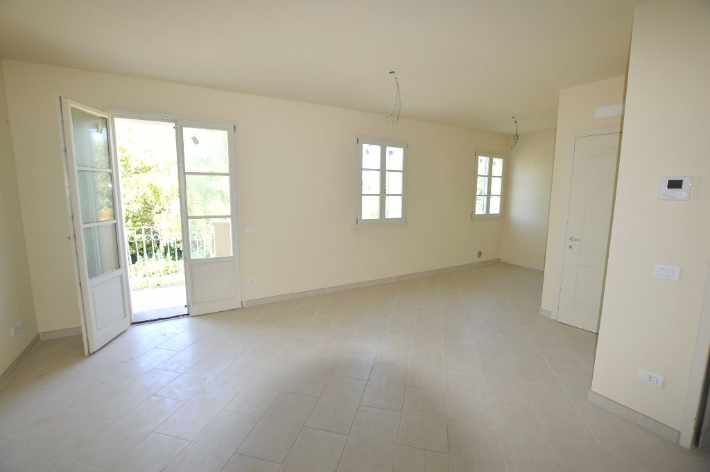 Appartamento in vendita a Lucca, 3 locali, zona Località: S. CONCORDIO CONTRADA, prezzo € 250.000 | Cambio Casa.it