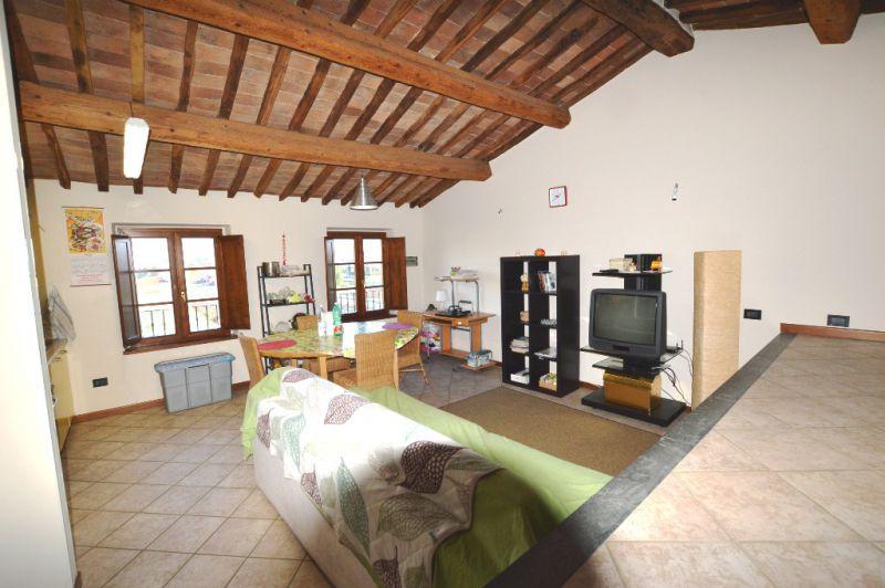 Attico / Mansarda in vendita a Lucca, 3 locali, prezzo € 119.000 | CambioCasa.it