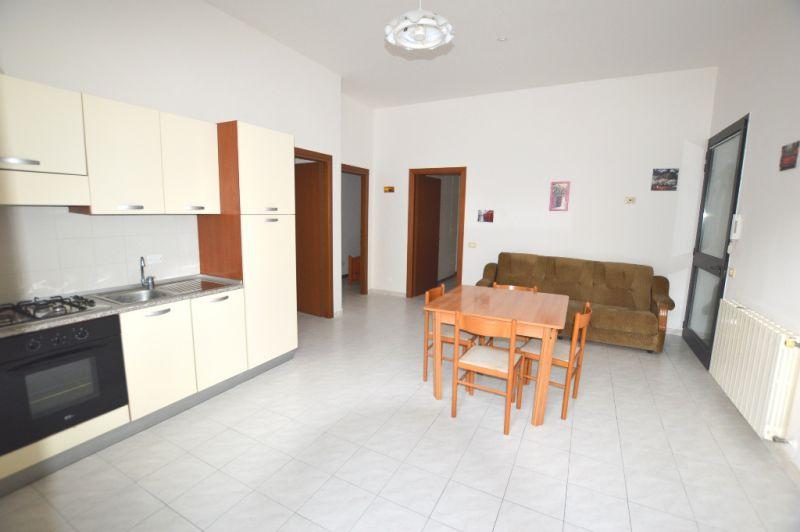 Soluzione Indipendente in affitto a Altopascio, 3 locali, prezzo € 500 | CambioCasa.it