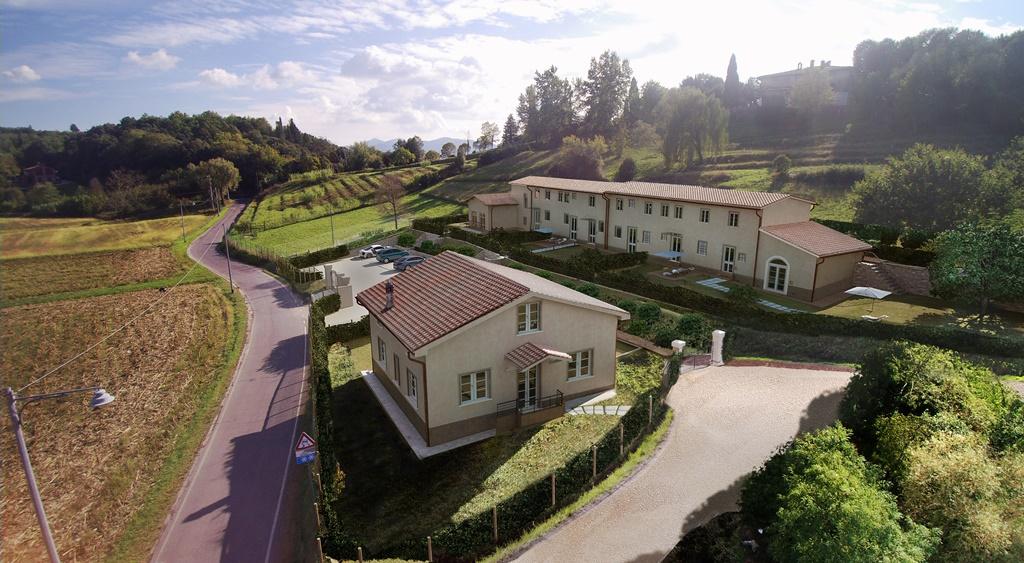 Villa in vendita a Lucca, 6 locali, zona Località: SANT ALESSIO, prezzo € 400.000 | Cambio Casa.it