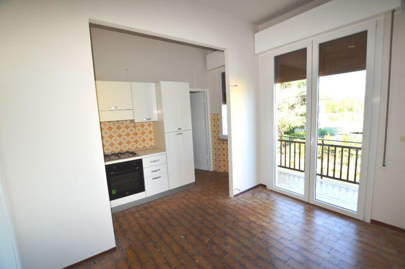 Soluzione Indipendente in affitto a Lucca, 3 locali, prezzo € 550 | CambioCasa.it