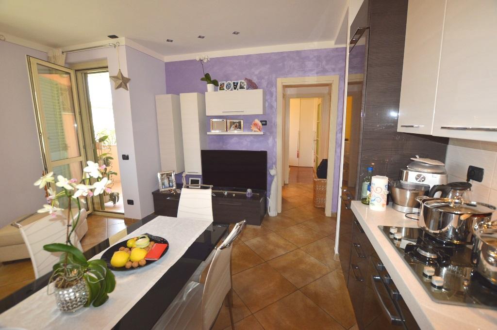 Appartamento in vendita a Lucca, 2 locali, prezzo € 135.000 | CambioCasa.it