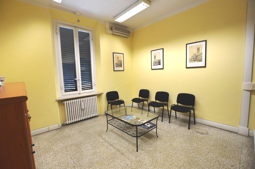 ufficio studio in affitto a lucca