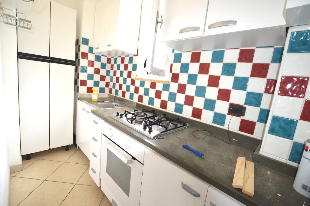 Soluzione Indipendente in affitto a Lucca, 4 locali, prezzo € 500 | CambioCasa.it