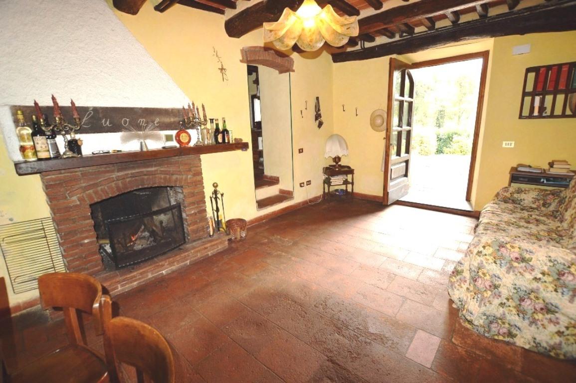 Villa da ristrutturare in vendita Rif. 8556872