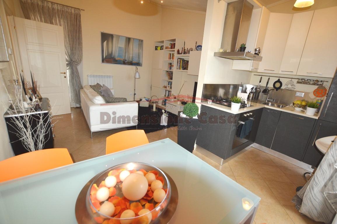 Appartamento in vendita a Lucca, 2 locali, prezzo € 115.000 | CambioCasa.it