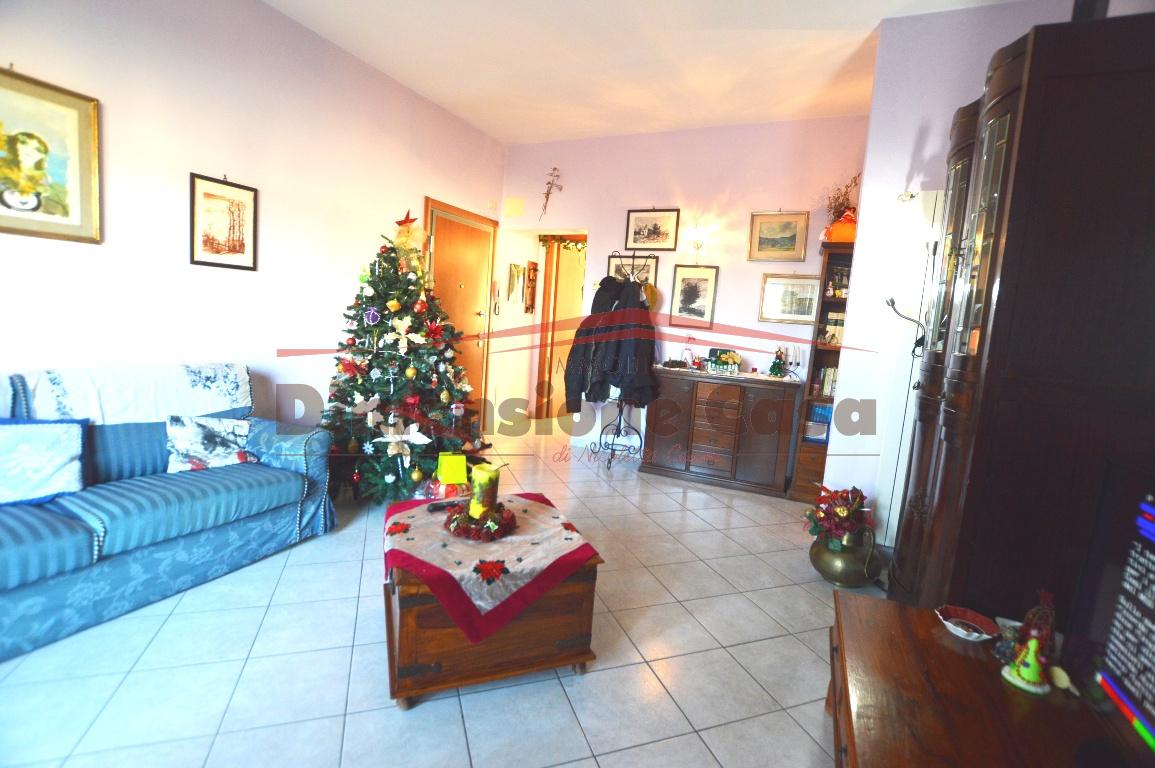 Appartamento in vendita a Capannori, 4 locali, prezzo € 130.000 | PortaleAgenzieImmobiliari.it