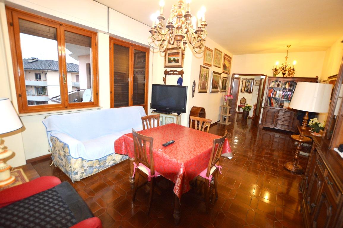 Appartamento in vendita a Capannori, 5 locali, prezzo € 128.000 | PortaleAgenzieImmobiliari.it