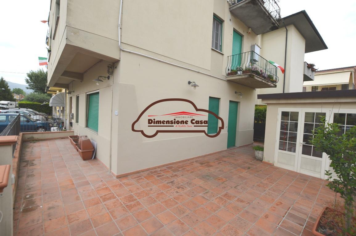 Appartamento in vendita a Lucca, 3 locali, prezzo € 180.000 | PortaleAgenzieImmobiliari.it