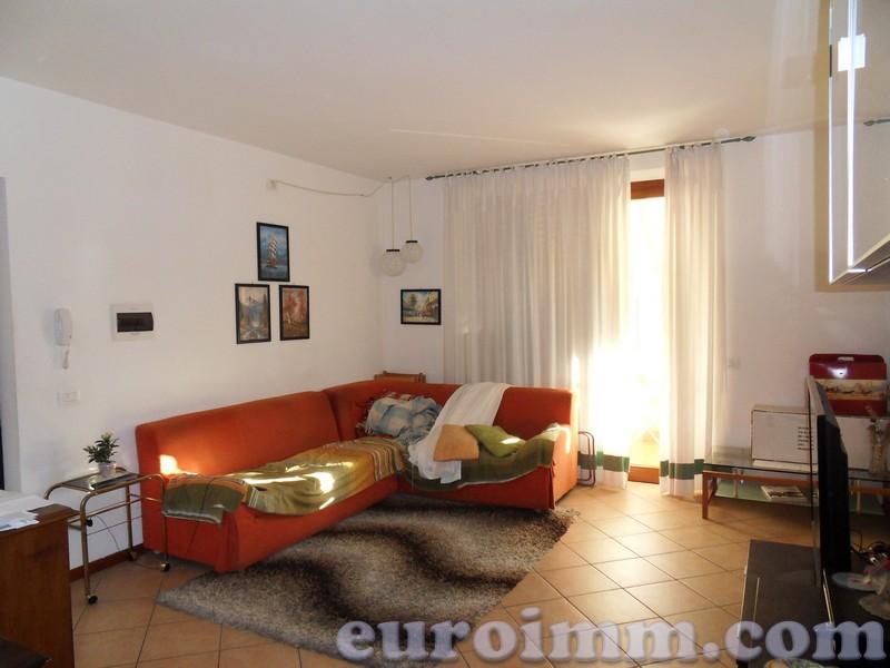 Appartamento in vendita a Lucca, 4 locali, zona Località: S. MARCO, prezzo € 195.000   Cambio Casa.it
