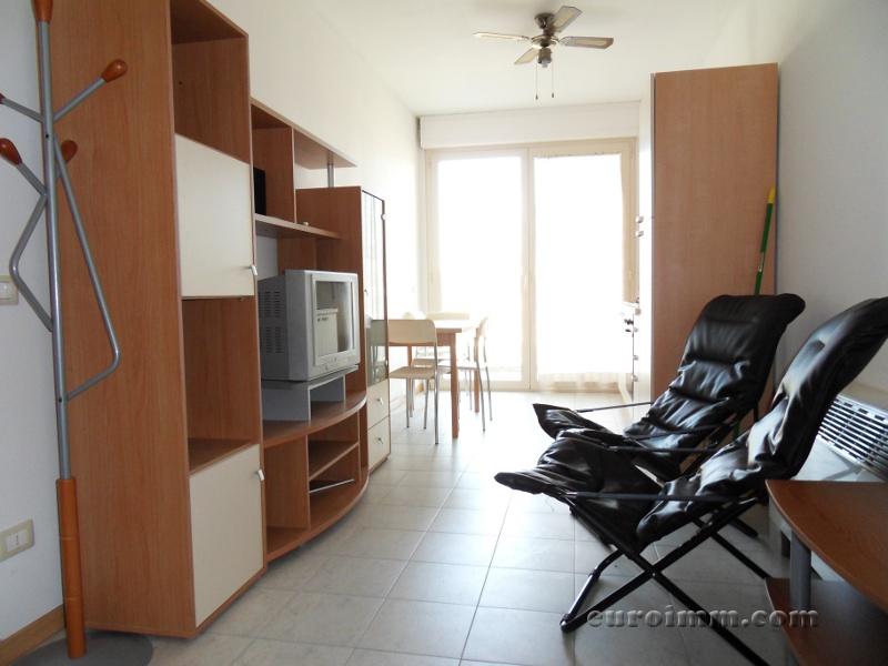 Appartamento in vendita a Lucca, 2 locali, zona Località: S. MARCO, prezzo € 140.000 | Cambio Casa.it
