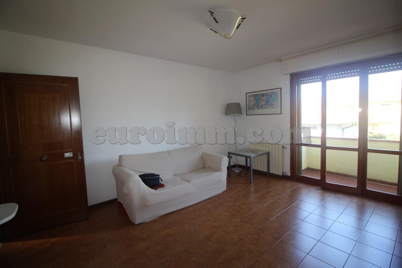 Appartamento in vendita a Capannori, 3 locali, prezzo € 98.000 | PortaleAgenzieImmobiliari.it