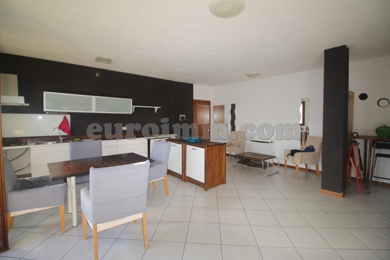 Appartamento in vendita a Capannori, 4 locali, prezzo € 143.000 | PortaleAgenzieImmobiliari.it
