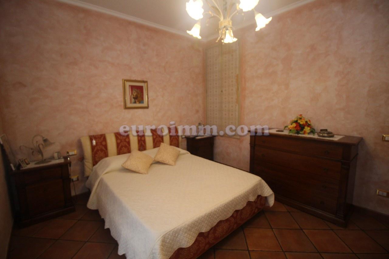 Villa a schiera LUCCA VV520