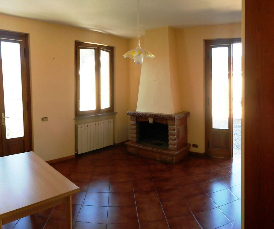 Bilocale Lucca Via Tofanelli 1
