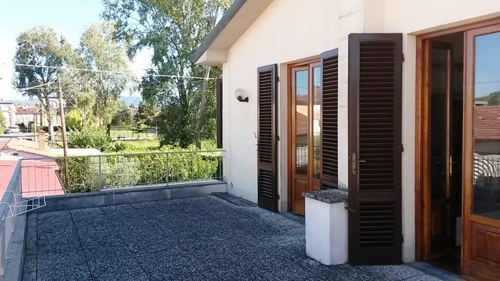 Bilocale Lucca Via Tofanelli 13