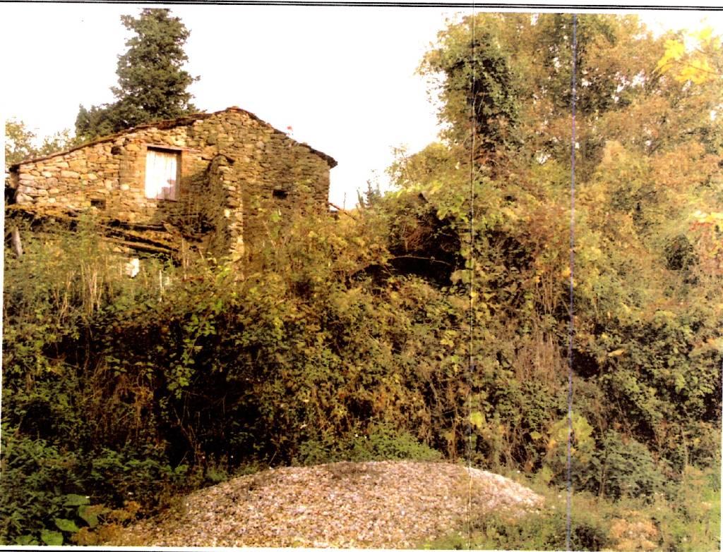 Rustico / Casale in vendita a Dicomano, 5 locali, zona Zona: Corella, prezzo € 89.000 | Cambio Casa.it