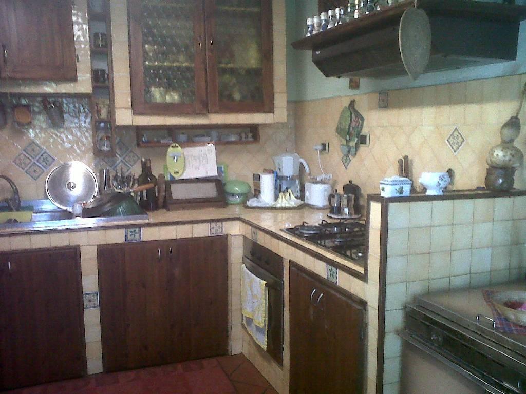 Rustico / Casale in vendita a Vicchio, 7 locali, zona Località: VILLORE, prezzo € 140.000 | Cambio Casa.it