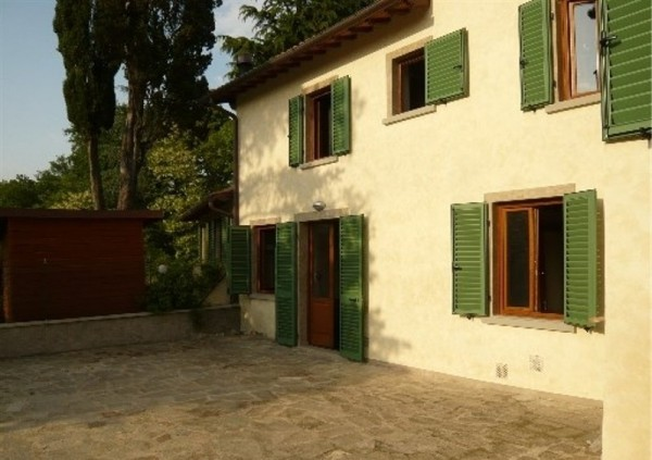 Rustico / Casale in vendita a Vicchio, 4 locali, Trattative riservate | CambioCasa.it